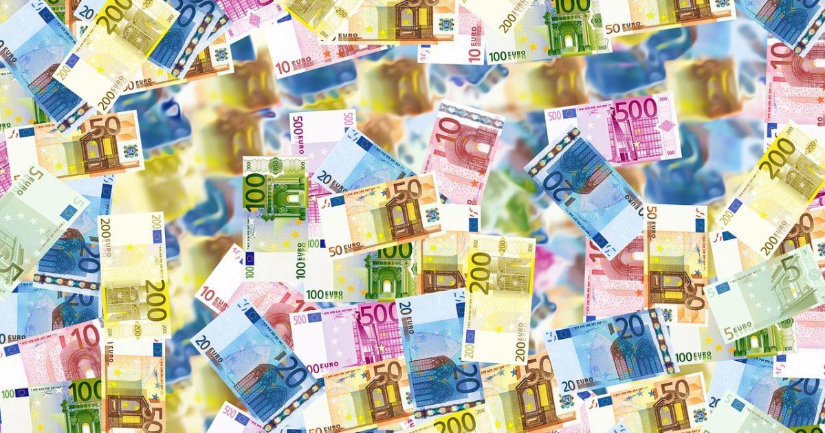euro bills | EconAlerts