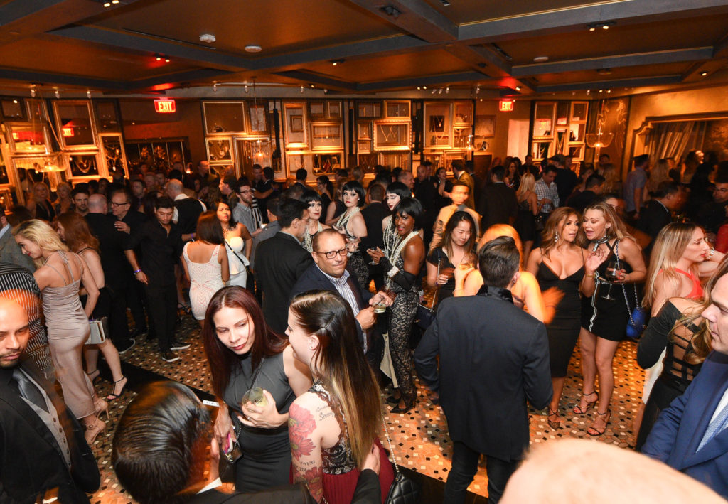 Crowd at the Chris Santos and TAO Group opening of Beauty & Essex at The Cosmopolitan of Las Vegas_Al Powers