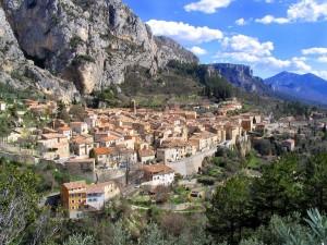 Moustiers Sainte Marie, Provence