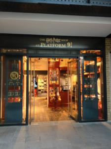 Tienda Harry Potter, plataforma 9 3/4, King's Cross