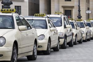 Parada de taxis en Pariser Platz