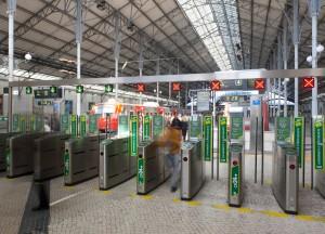 Puertas automaticas en las estaciones