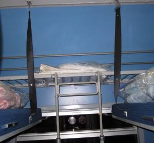 Estantes para equipajes, Compartimento cuchetas abiertas