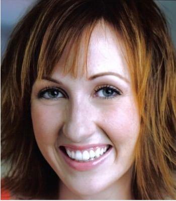 Kathy Searle Headshot