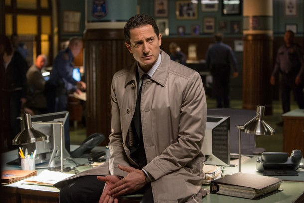 "GRIMM -- ""Headache"" Episode 421 -- Pictured: Sasha Roiz as Captain Sean Renard -- (Photo by: Scott Green/NBC)"
