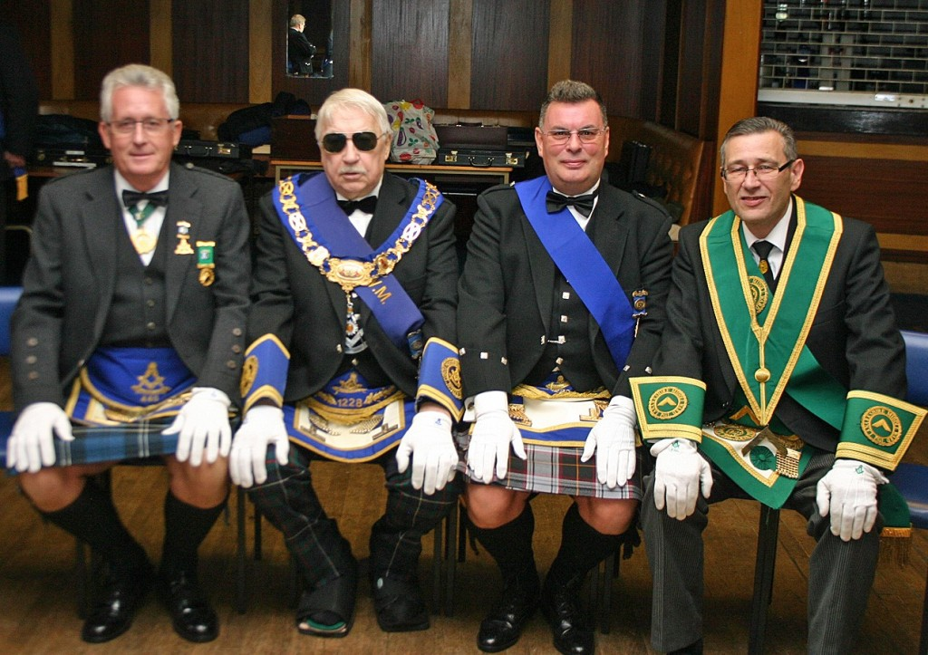 1228 Lodge Motherwell Caledonian Install 111215