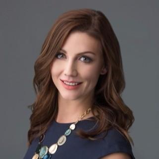 Amanda Giannini Headshot