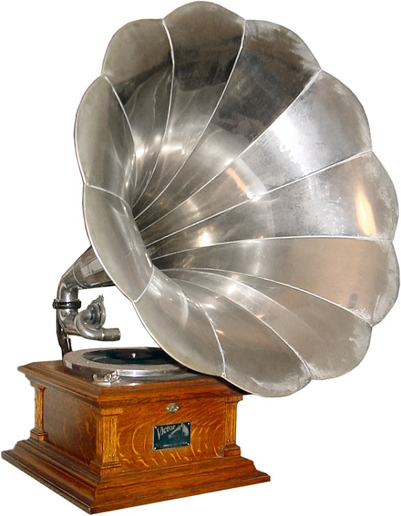 Victrola & Phonograph Decor Vintage
