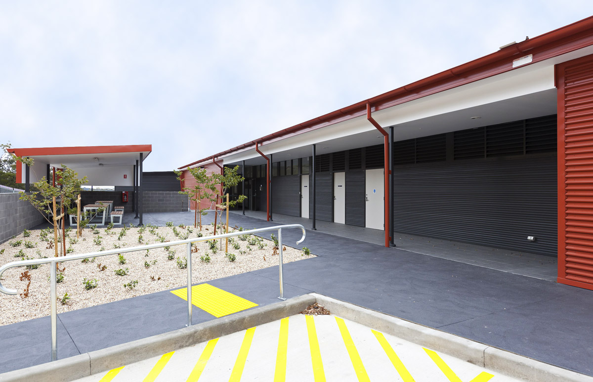 Ausgrid Ku-ring-gai Pole Storage Deport Warehouse Exterior Entry and Path – Gardner Wetherill GW 3
