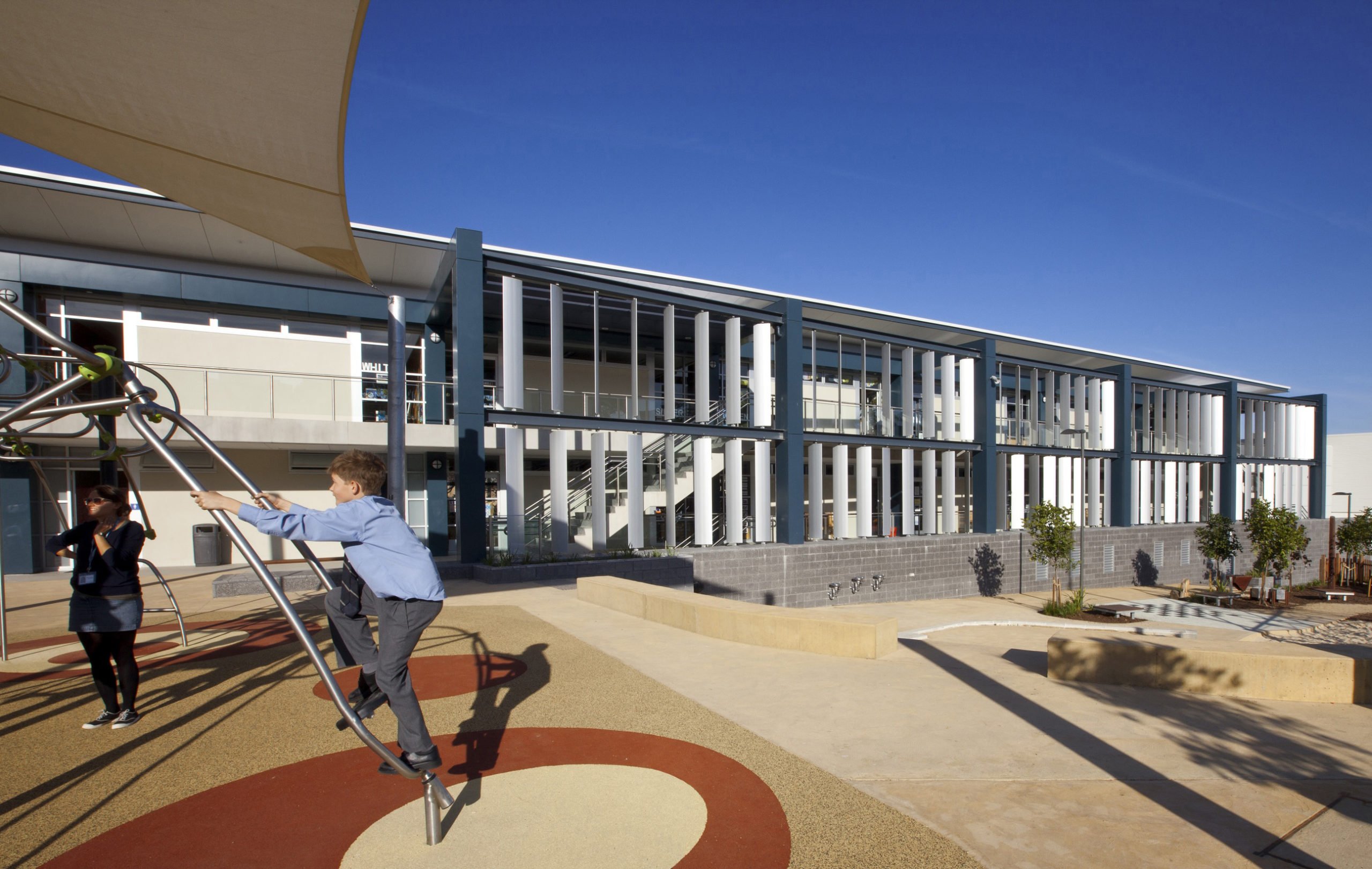 Redlands Preparatory School Exterior Architecture and Child Playing – Gardner Wetherill GW 1