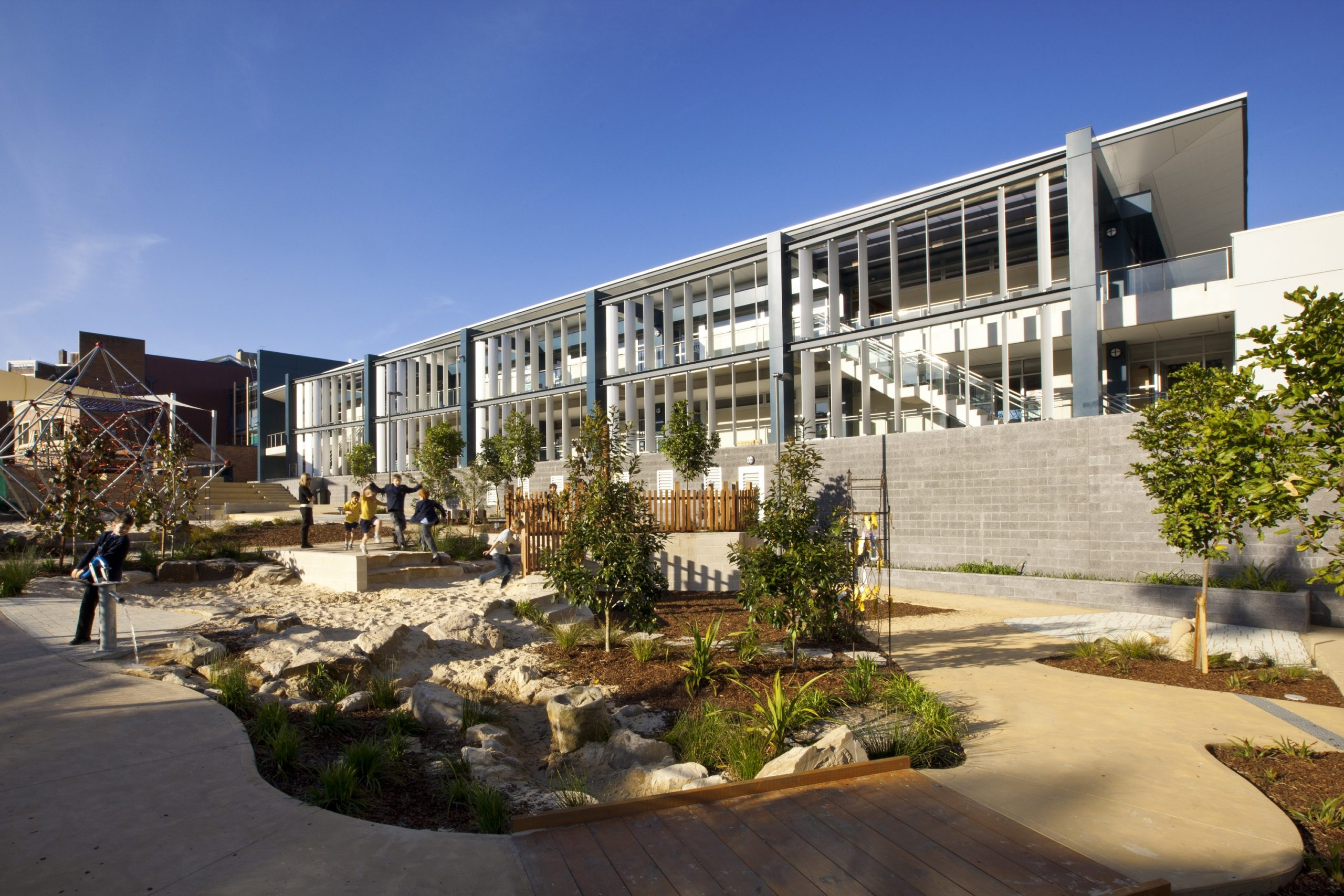 Redlands Preparatory School Exterior Architecture and Play Area – Gardner Wetherill GW 2