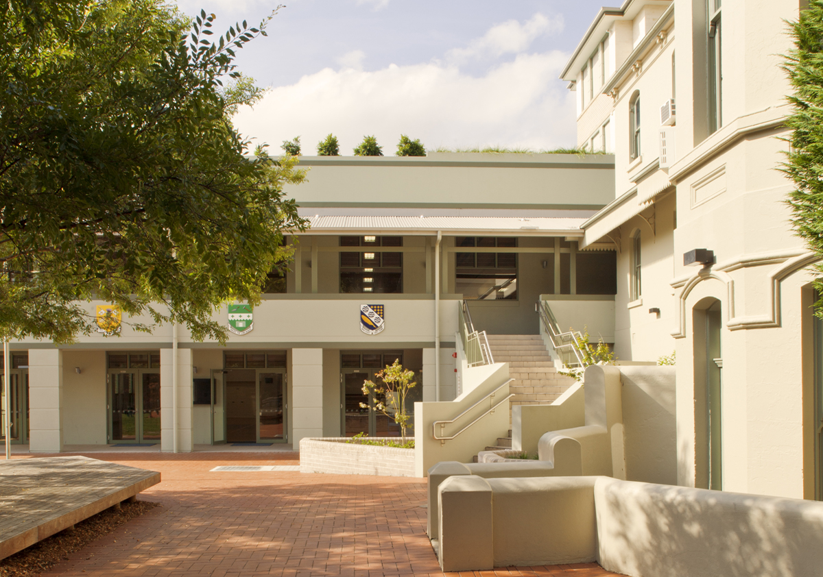 St Aloyisus College Sporting Facilities Exterior Architecture and Entry – Gardner Wetherill GW 3