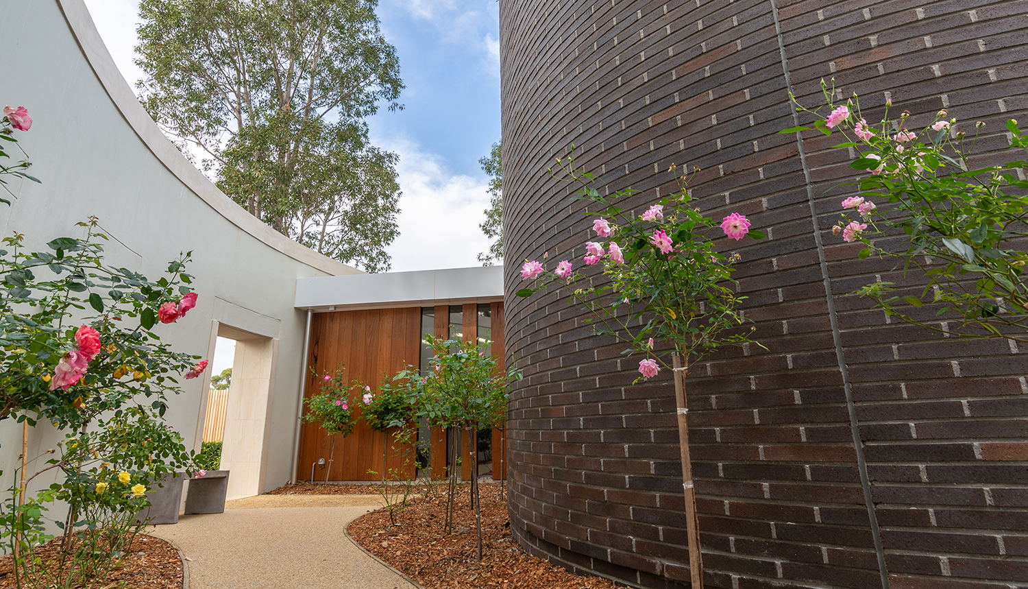 The Rose Chapel Macquarie Park Cemetery Entry Pathway – Gardner Wetherill GW 4