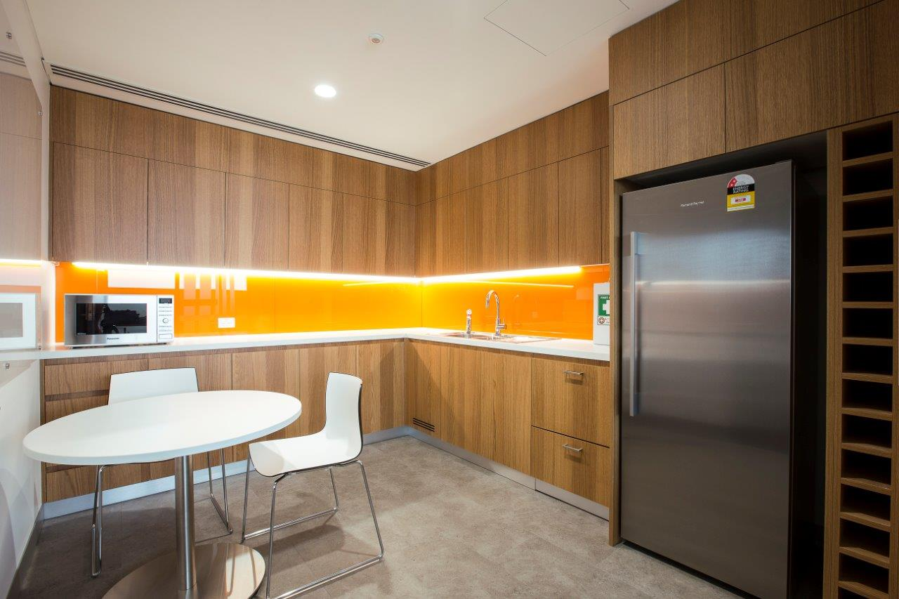 UTS Building 1 Level 18 Office and Workplace -Kitchen and Breakout Area – Gardner Wetherill GW 4