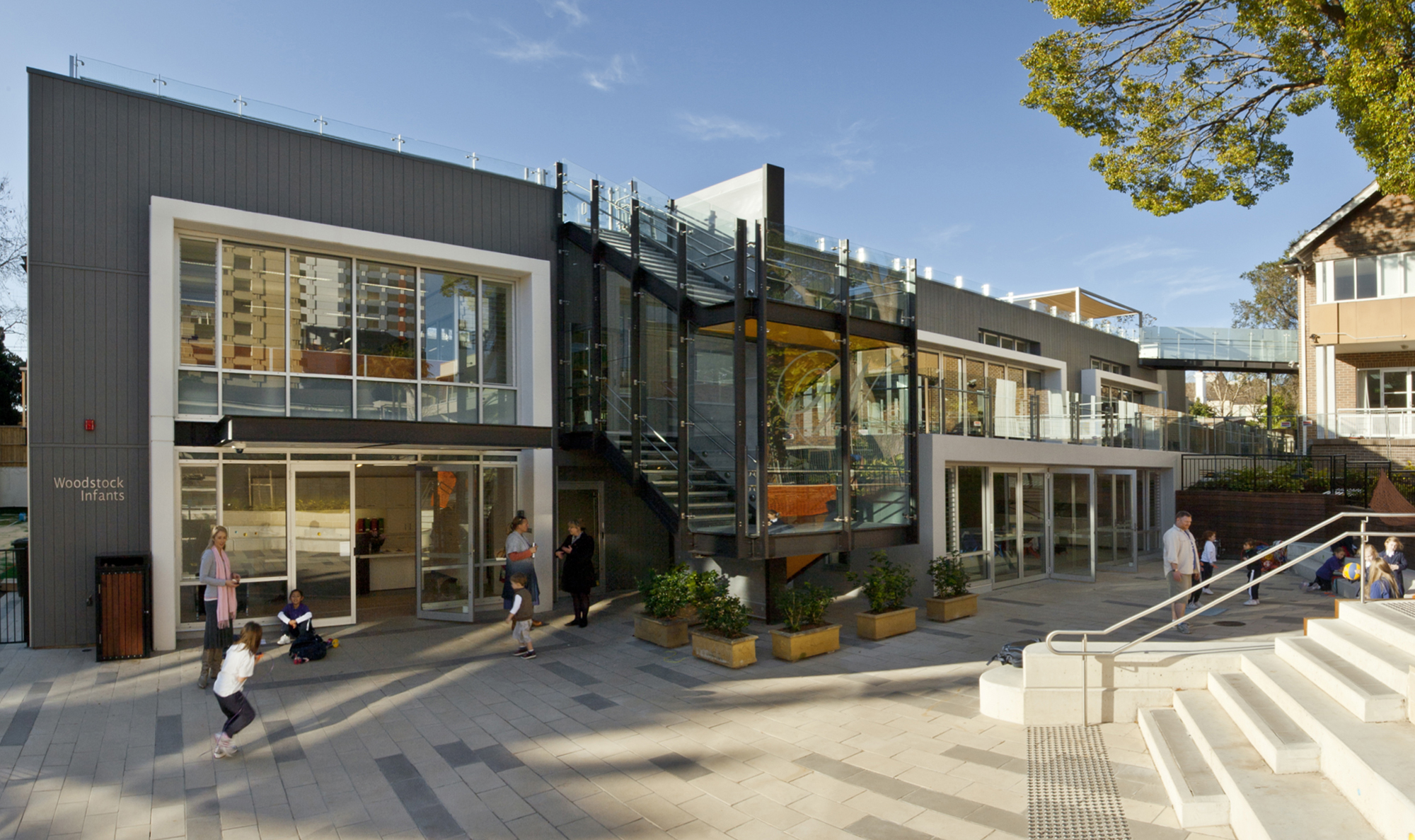 Wenona Woodstock Infants School Entry Courtyard and Architectural Design – Gardner Wetherill GW 3