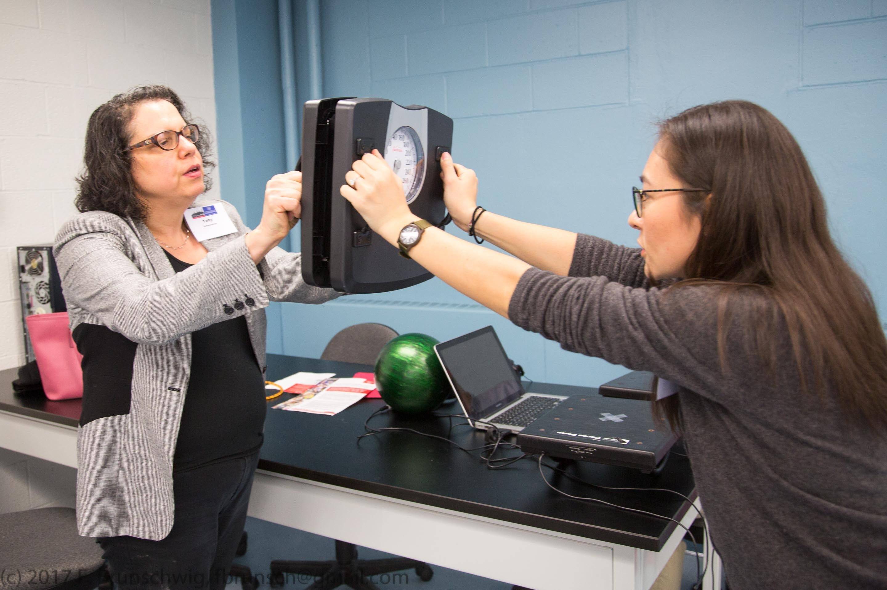 Investigative Science Learning Environments: Exploring NGSS-aligned Approaches to Teaching Physics