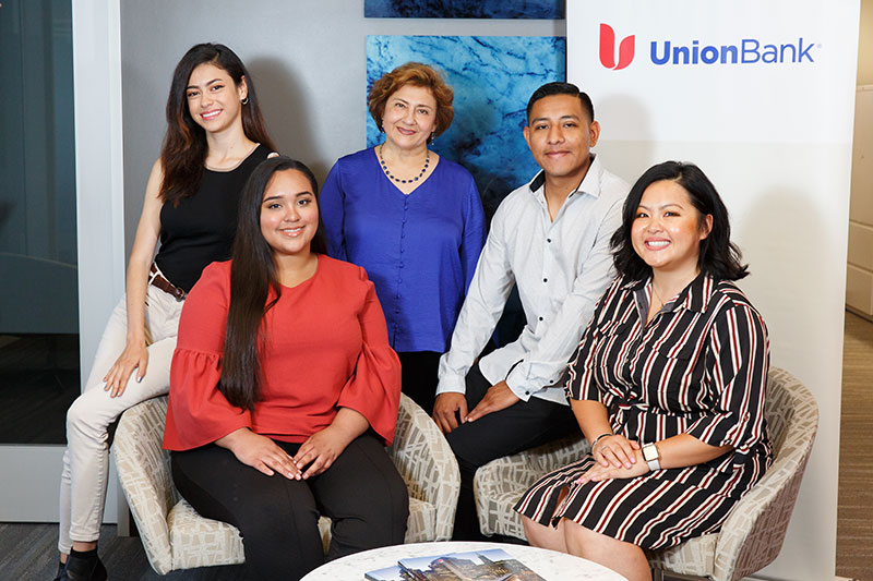Rossina Gallegos and group at Union Bank