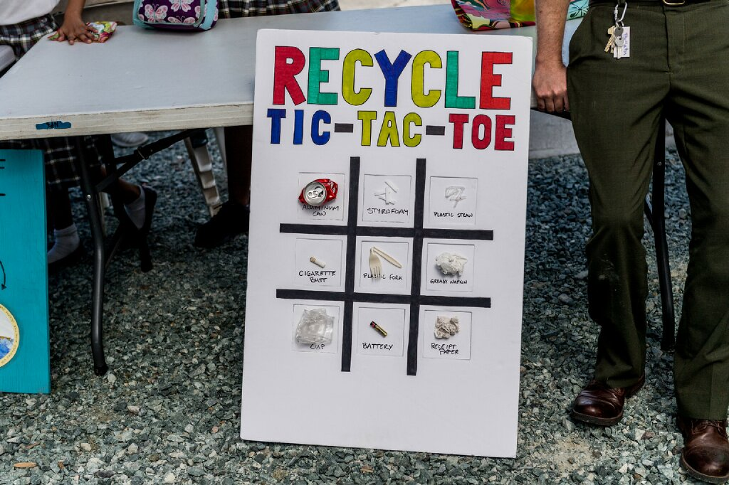 A tic-tac-toe game from recycled materials