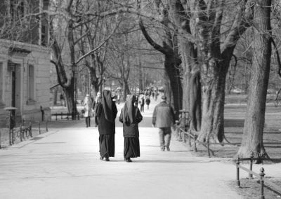 black-and-white-black-and-white-nuns-971605