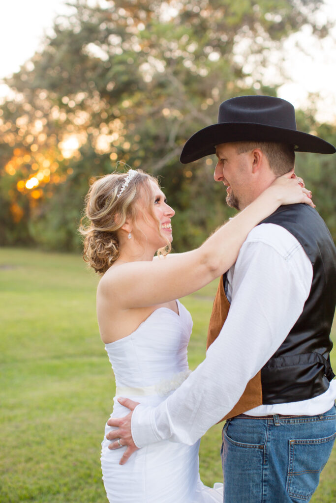 Holiday Acres, Manvel Tx Bride and Groom