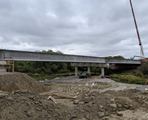 Side view of newly installed girders at Robinson Creek