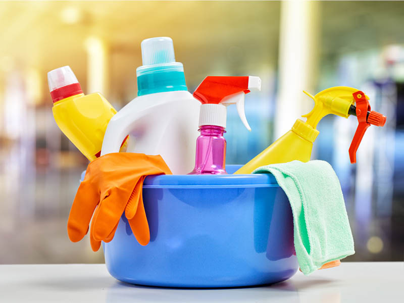 plastic household cleaning product dispensers