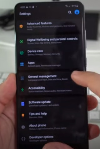 How To Factory Reset a Samsung Galaxy S20 Step 2