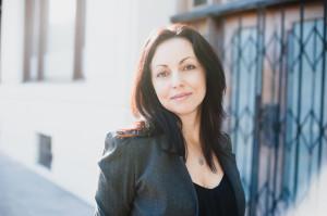 Renee Carlino author