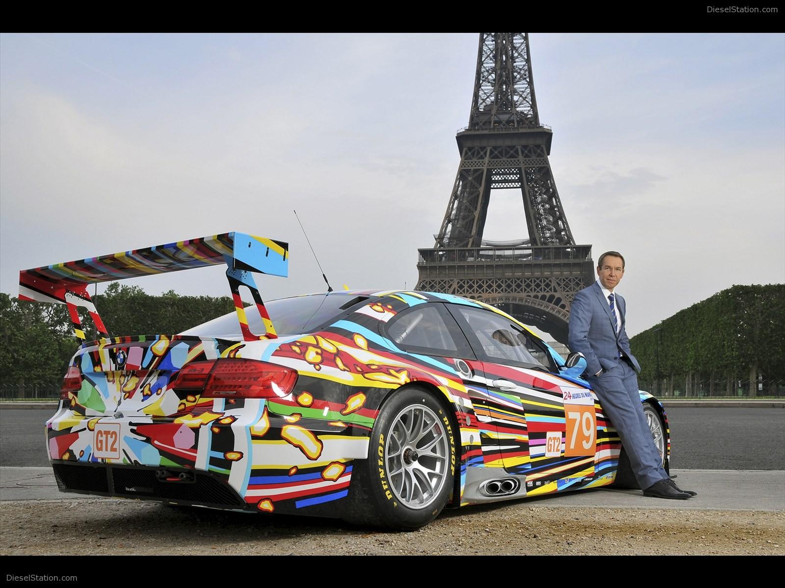 bmw-m3-gt2-art-car-jeff-koons-2011-09