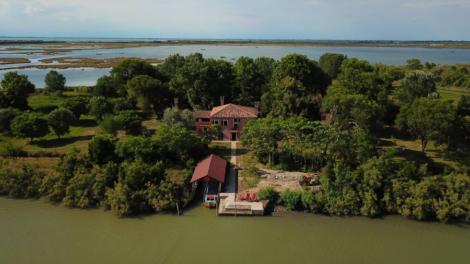 Facebook: Isola Falconera