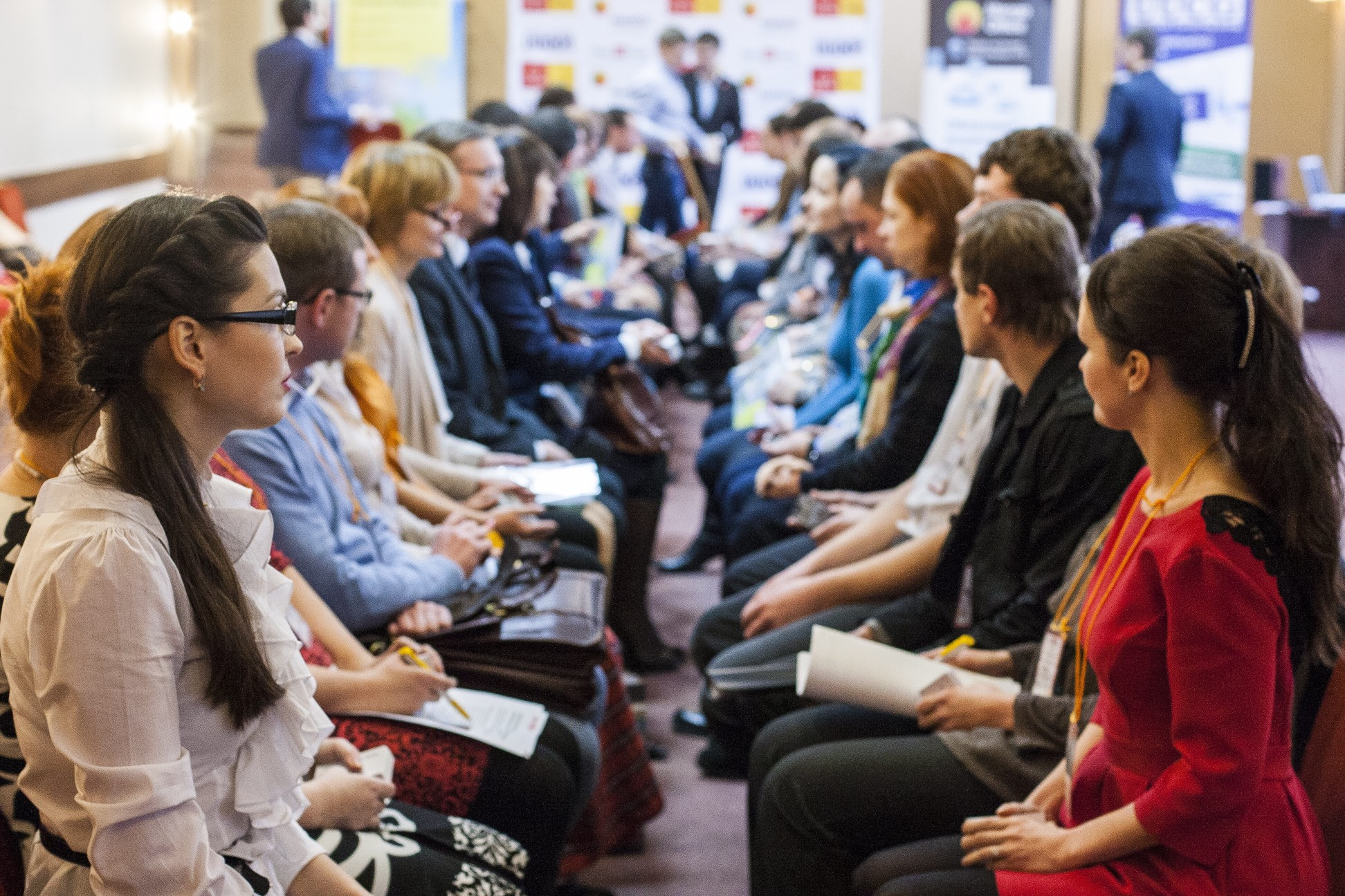 face-to-face-meeting_t20_GGe1Go