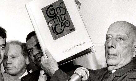 O golpe militar de 64: da ditadura à abertura – João Rego