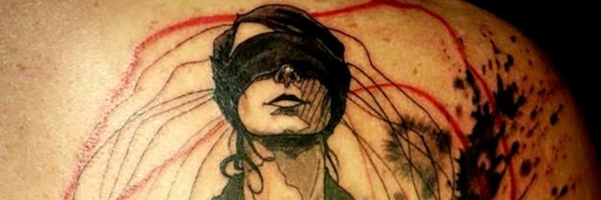 Tatuagem do artista L'Oseau.