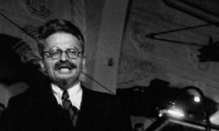 Trotsky: Epílogo de uma Ideologia – José Arlindo Soares