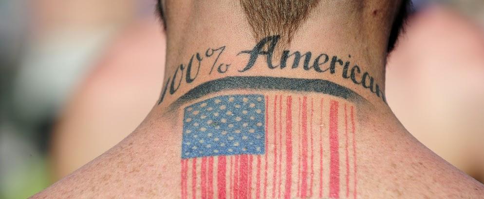 Xenofobia e nacionalismo americano.