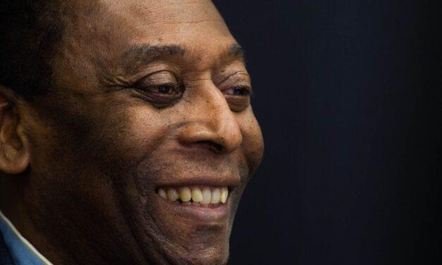 Sobre Pelé – Fernando Dourado