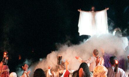 A paixão sob a lona do circo – Ivanildo Sampaio
