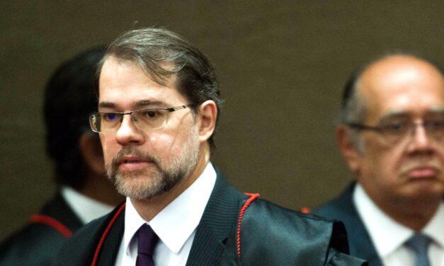Eles venceram – José Paulo Cavalcanti Filho
