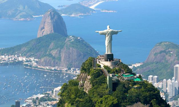 Deus ainda é brasileiro? – Luiz Sérgio Henriques