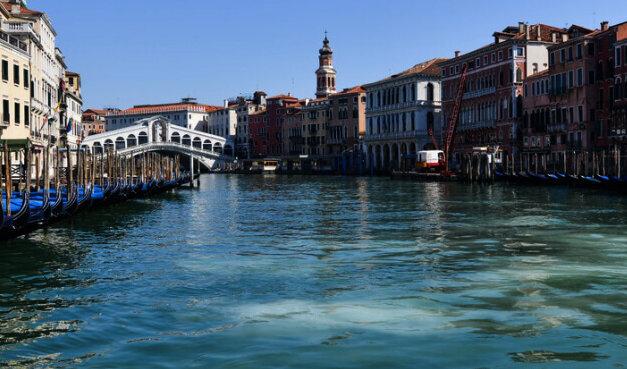 Que c´est triste Venise…