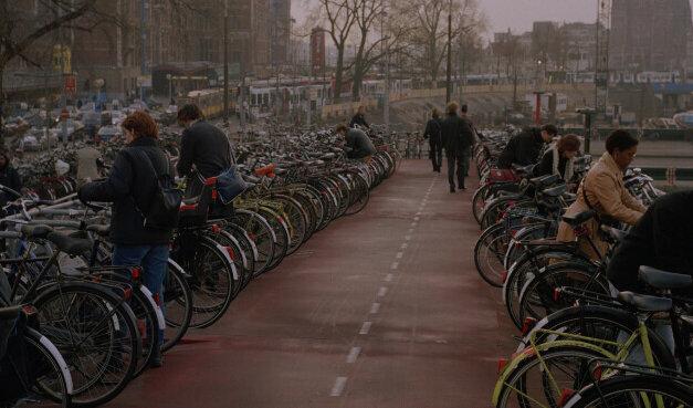 A bicicleta como legítimo meio de transporte: baita desafio!