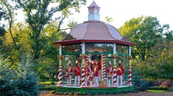 Dallas arboretum xmas 2019