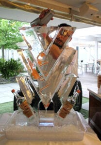 V luge and bottle holder