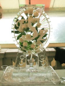 Oval Monogram drink luge with white roses