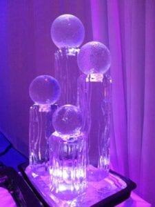 Large decrative centerpiece with spheres low res