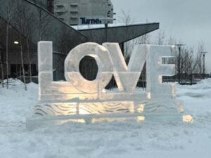 Love in clear ice