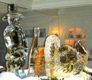 Thanksgiving Pilgrim and turkey ice sculpture