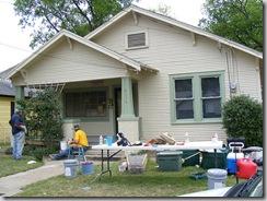Homeowner20on20left1_thumb.jpg
