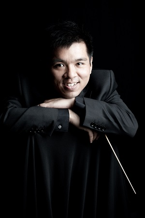 Conductor Paolo Reyes