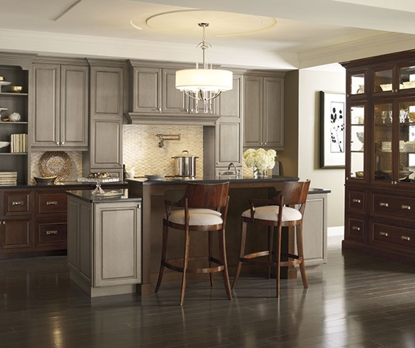 traditional_kitchen_cherry_cabinets